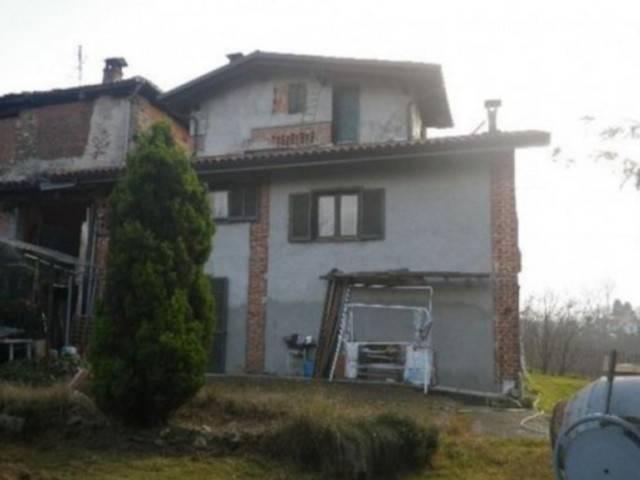 Foto 1 di Villa Frazione Buasca 23, San Colombano Belmonte