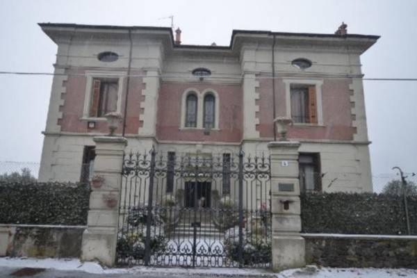 Foto 1 di Villa strada per Viverone 4, Piverone