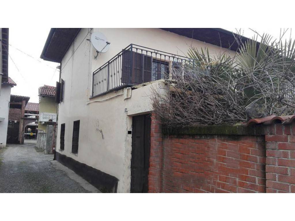 Foto 1 di Casa indipendente vicolo Mareng 2, San Giusto Canavese