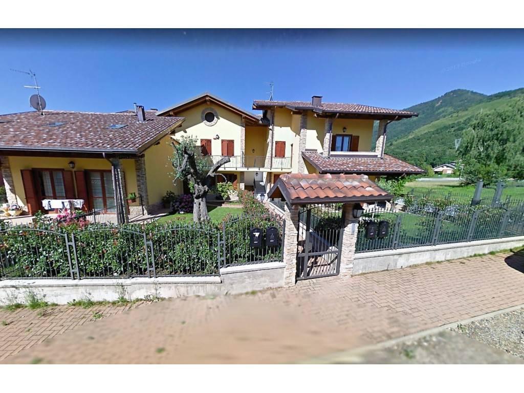 Foto 1 di Villa via Sogno 6/A, La Cassa