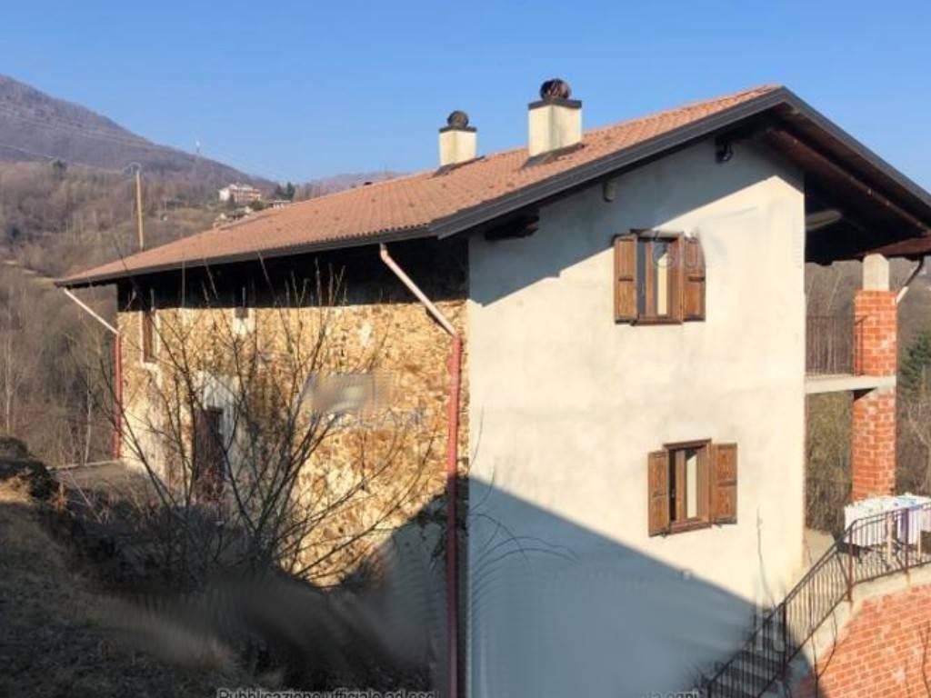 Foto 1 di Rustico / Casale via Cresto Inferiore 13, Chiesanuova